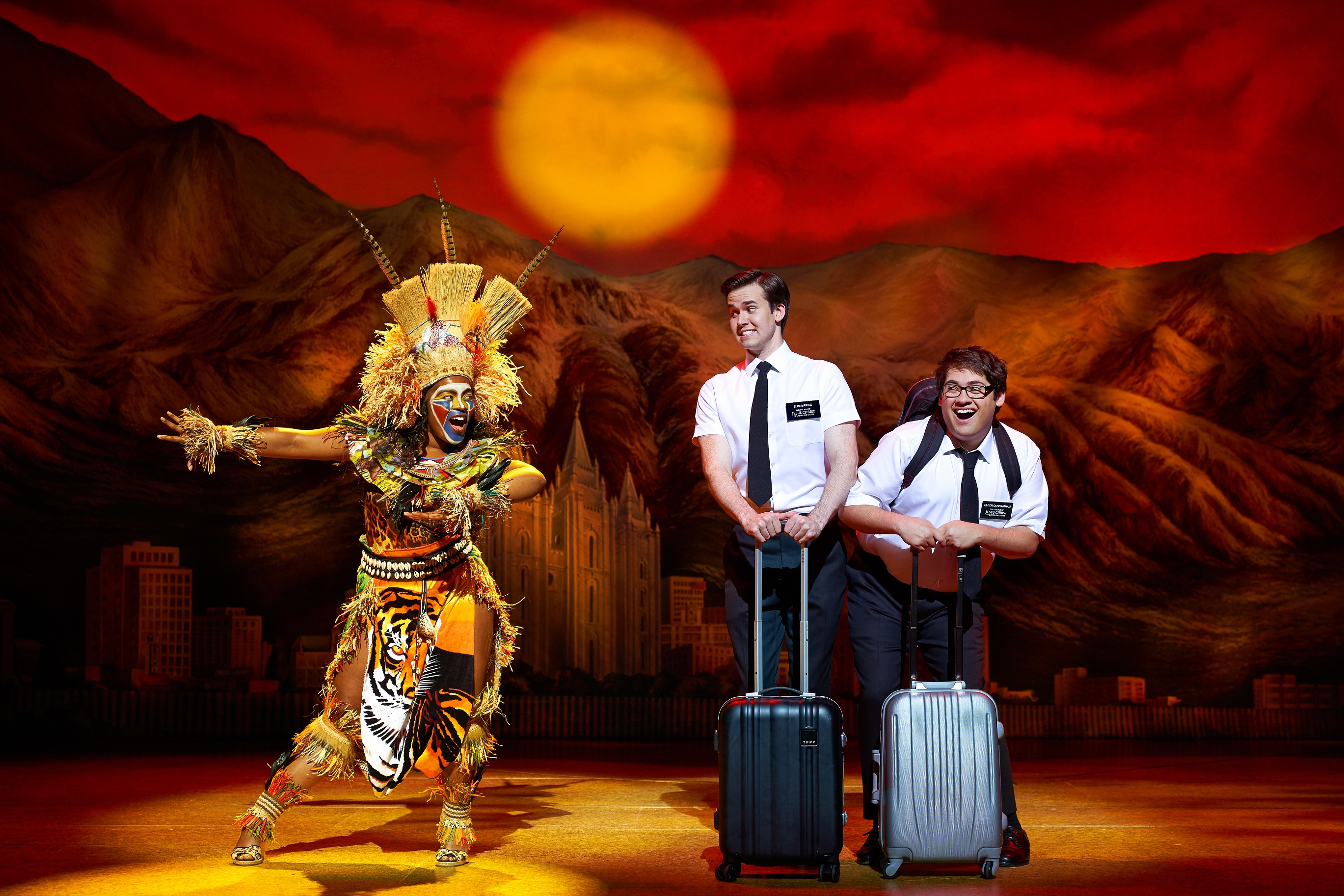 the-book-of-mormon-foto-03-credit-paul-coltas